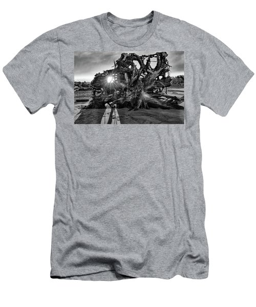 Big Tree On The Beach At Sunrise In Monochrome Men's T-Shirt (Athletic Fit)