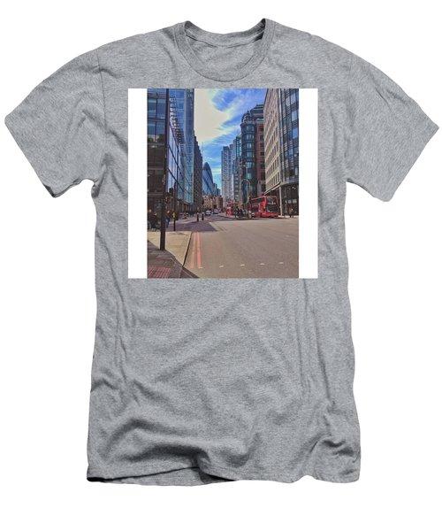 •bishopsgate Men's T-Shirt (Athletic Fit)