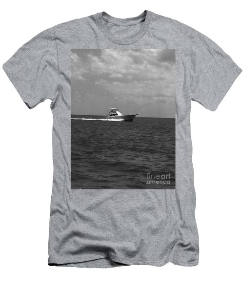 Black And White Boating Men's T-Shirt (Slim Fit)
