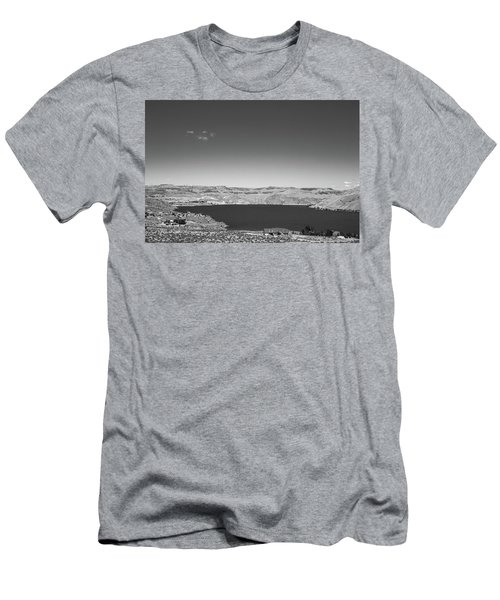 Black And White Landscape Photo Of Dry Glacia Ancian Rock Desert Men's T-Shirt (Athletic Fit)