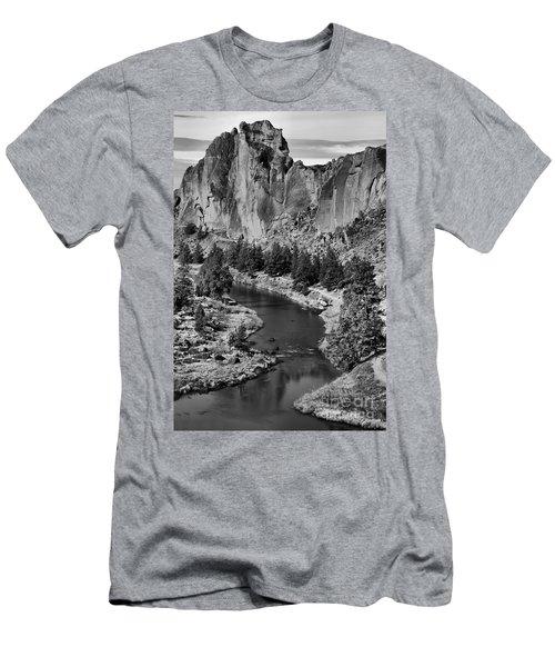 Black And White Smith Rock Portrait Men's T-Shirt (Athletic Fit)
