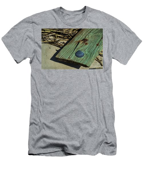Black Shell On Green Wood Men's T-Shirt (Athletic Fit)
