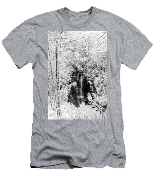 Blanket Of White Men's T-Shirt (Athletic Fit)