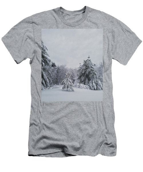 Blizzard In New England Men's T-Shirt (Athletic Fit)