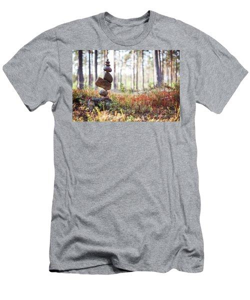 Blomma Men's T-Shirt (Athletic Fit)