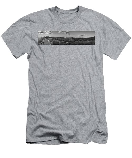 Boardwalk Panorama Monochrome Men's T-Shirt (Athletic Fit)