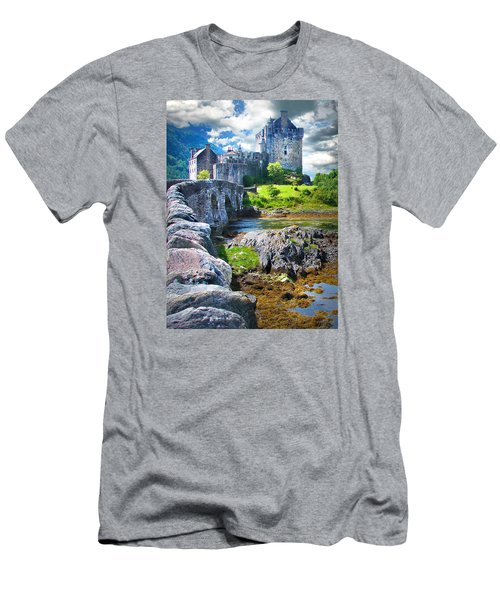 Bridge To The Castle Men's T-Shirt (Athletic Fit)