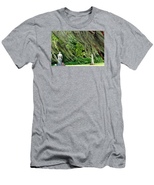 Brownwell Memorial Park Men's T-Shirt (Slim Fit) by Helen Haw