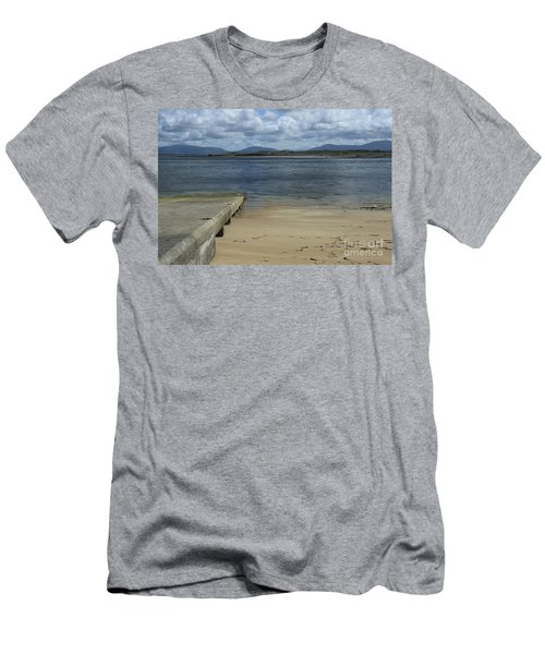 Bullsmouth Slipway Men's T-Shirt (Athletic Fit)