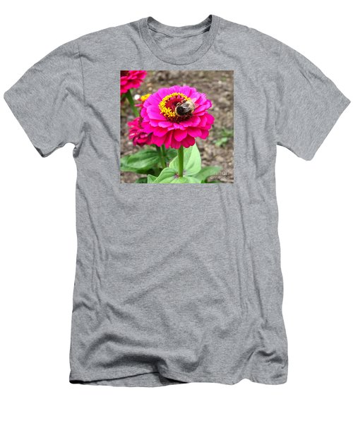 Bumble Bee On Pink Flower Men's T-Shirt (Athletic Fit)