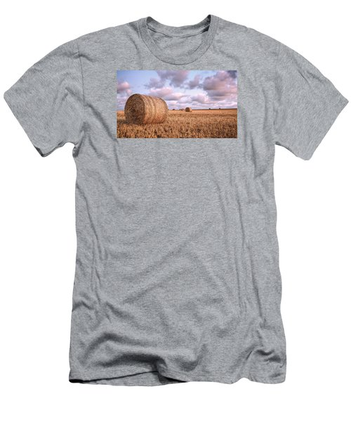 Bundy Hay Bales #1 Men's T-Shirt (Athletic Fit)