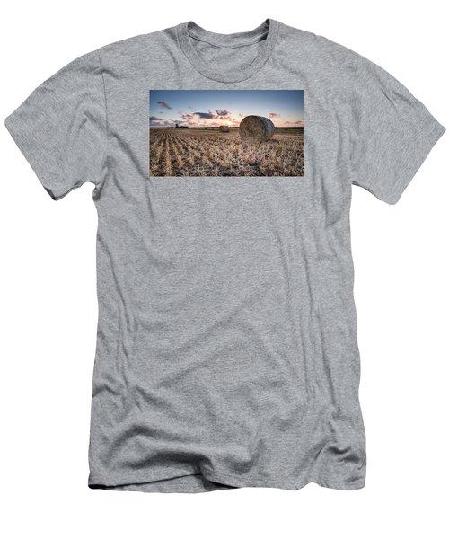Bundy Hay Bales #4 Men's T-Shirt (Athletic Fit)