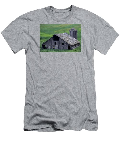 Cat Barn Men's T-Shirt (Athletic Fit)