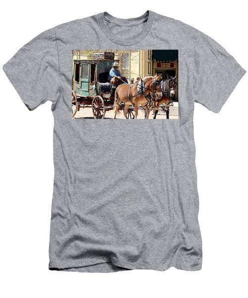 Chestnut Horses Pulling Carriage Men's T-Shirt (Athletic Fit)