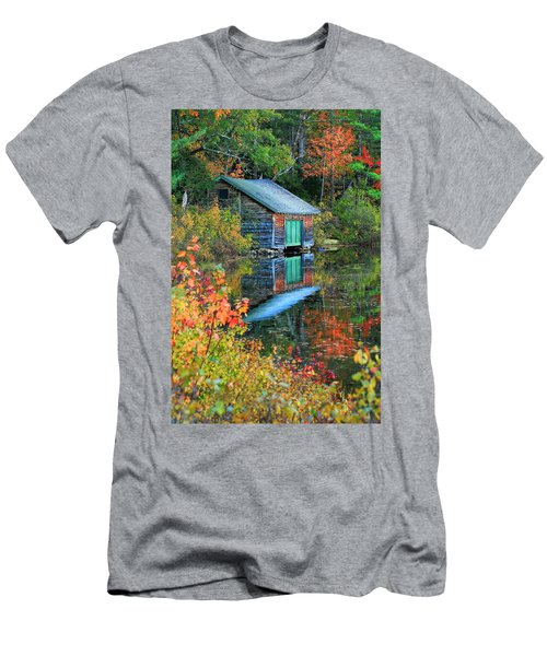 Chocorua Boathouse Men's T-Shirt (Athletic Fit)