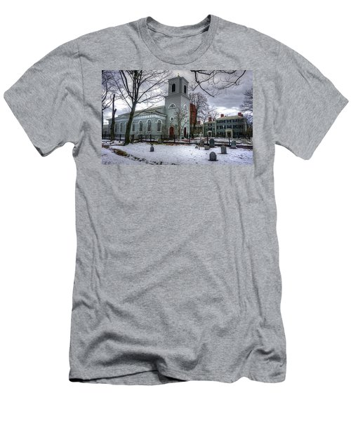Christ Church In Cambridge Men's T-Shirt (Athletic Fit)