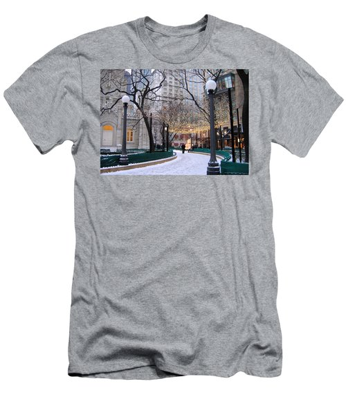 Christmas In Chicago Men's T-Shirt (Athletic Fit)