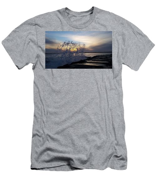 Circling Sunset Men's T-Shirt (Athletic Fit)