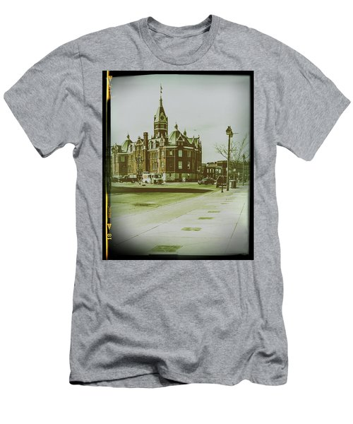 City Hall, Stratford Men's T-Shirt (Athletic Fit)
