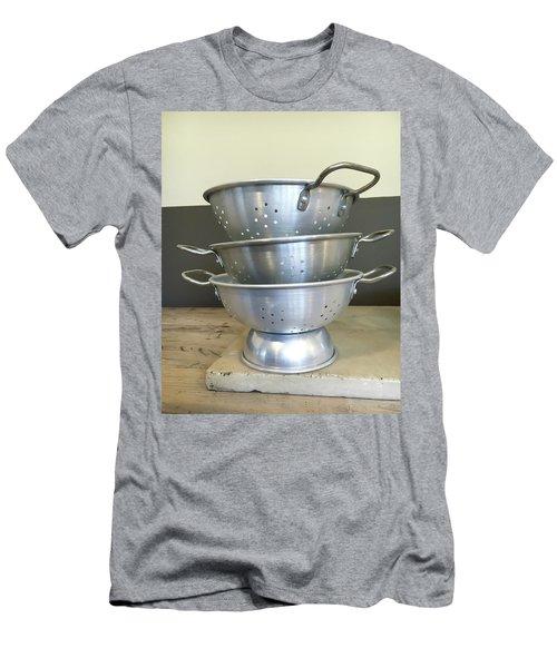 Colanders Men's T-Shirt (Athletic Fit)