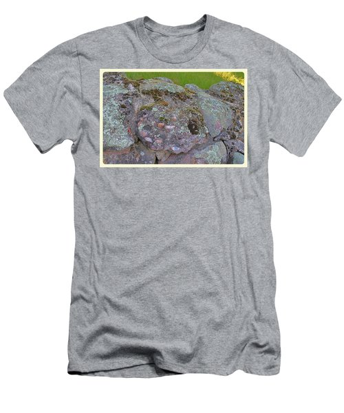 Corruption On The Cairns Men's T-Shirt (Athletic Fit)