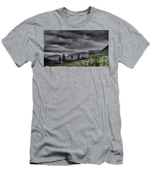 Cottages Men's T-Shirt (Athletic Fit)