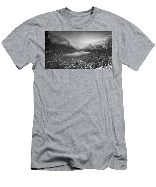 Cotton Candy Blankets Yosemite Men's T-Shirt (Athletic Fit)