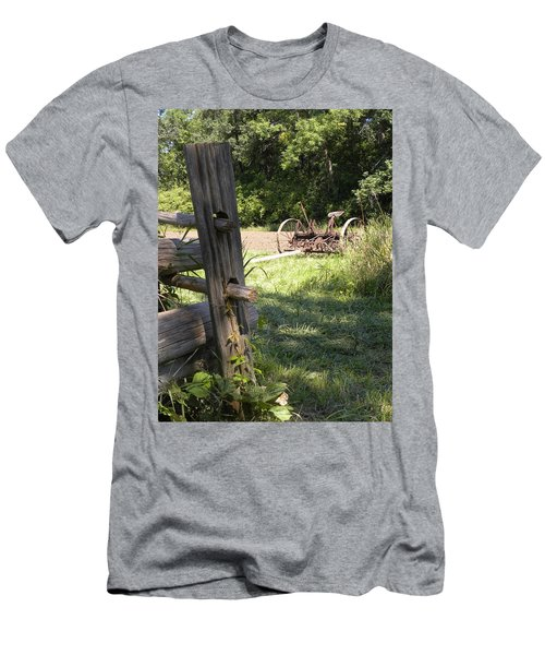 Country Work Men's T-Shirt (Athletic Fit)