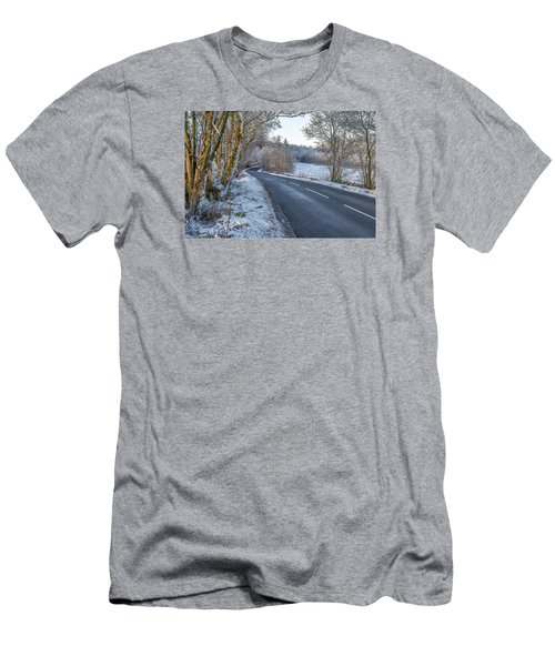 Countryside Road In Central Scotland Men's T-Shirt (Athletic Fit)