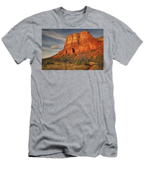 Courthouse Butte Txt Men's T-Shirt (Athletic Fit)
