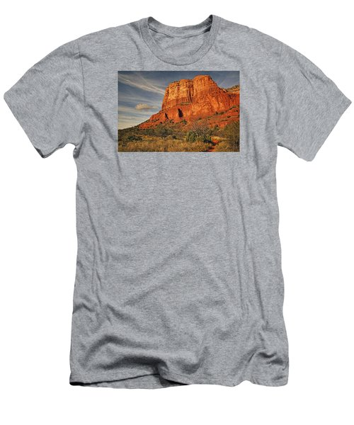 Courthouse Butte Txt Men's T-Shirt (Athletic Fit)