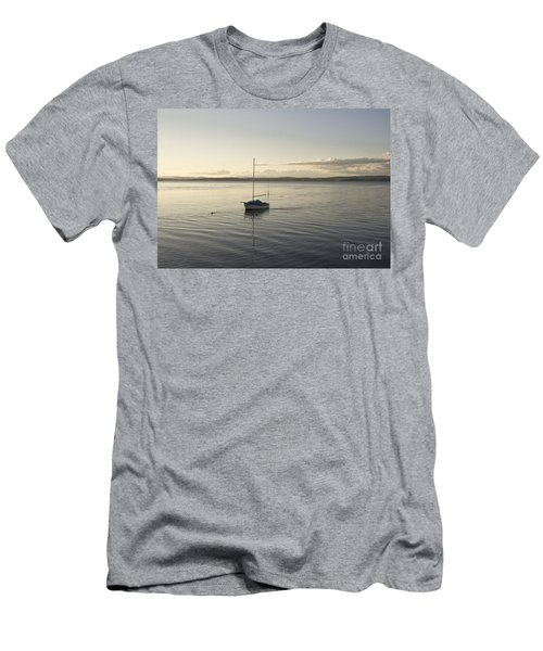 Cramond. Boat. Men's T-Shirt (Athletic Fit)
