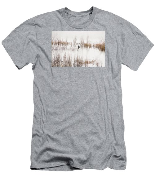Crane In Reeds Men's T-Shirt (Slim Fit)