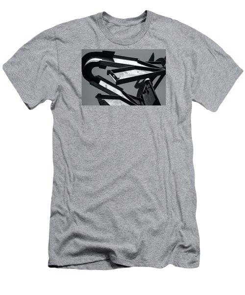 Crissy Field Iron Scuplture Men's T-Shirt (Athletic Fit)