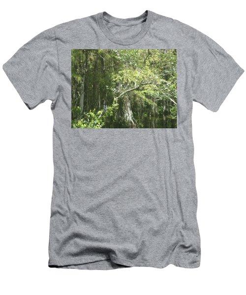 Cyprus Men's T-Shirt (Athletic Fit)