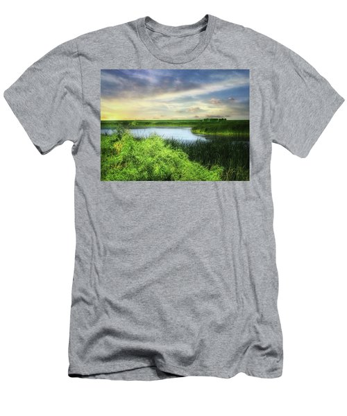 Dakota Wetlands 7 Men's T-Shirt (Athletic Fit)