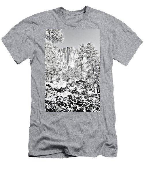Devils Tower Wyoming Men's T-Shirt (Athletic Fit)