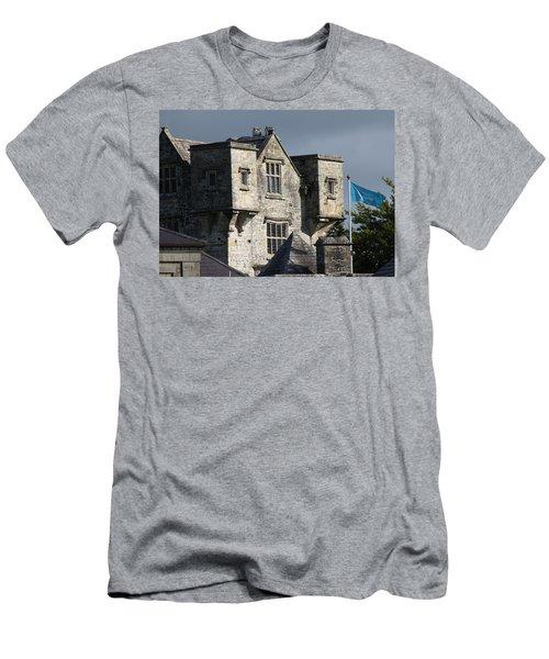 Donegal Castle Men's T-Shirt (Athletic Fit)