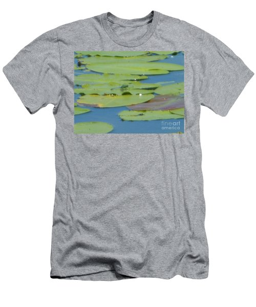 Dragonfly On Lily Pad Men's T-Shirt (Athletic Fit)