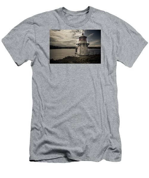Dramatic Mid-day Shot Of Squirrel Point Men's T-Shirt (Athletic Fit)
