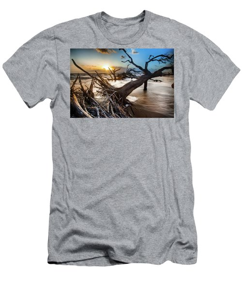 Driftwood Beach 7 Men's T-Shirt (Athletic Fit)