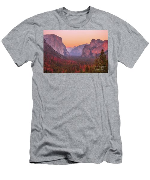 El Capitan Golden Hour Men's T-Shirt (Athletic Fit)