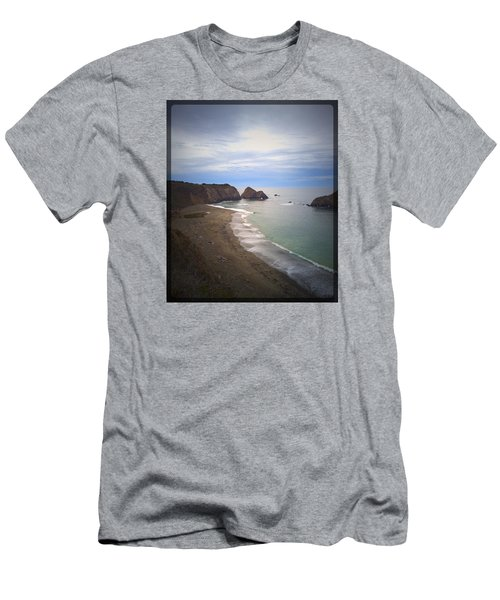 Elk Beach Men's T-Shirt (Athletic Fit)