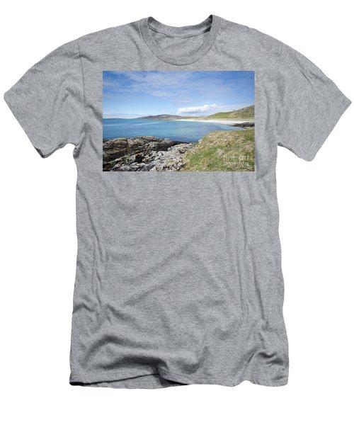 Eriskay Bay Men's T-Shirt (Athletic Fit)