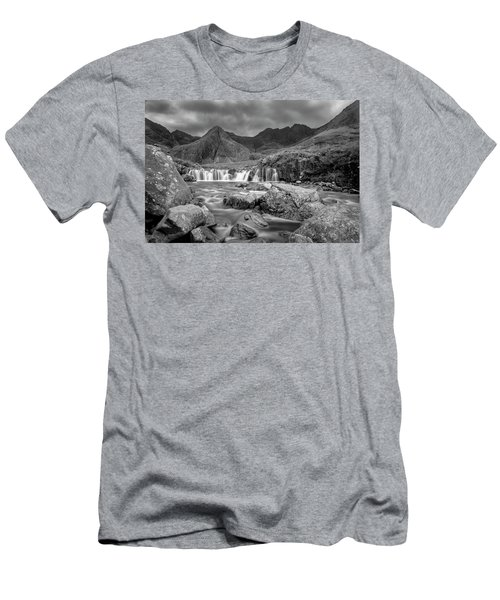 Fairy Pools Waterfall Men's T-Shirt (Athletic Fit)