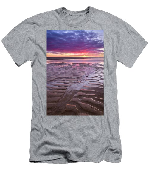 Folds In The Sand - Vertical Men's T-Shirt (Athletic Fit)