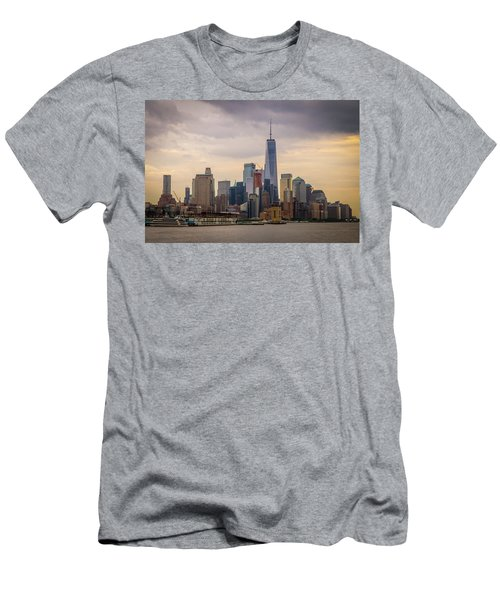 Freedom Tower - Lower Manhattan 2 Men's T-Shirt (Athletic Fit)
