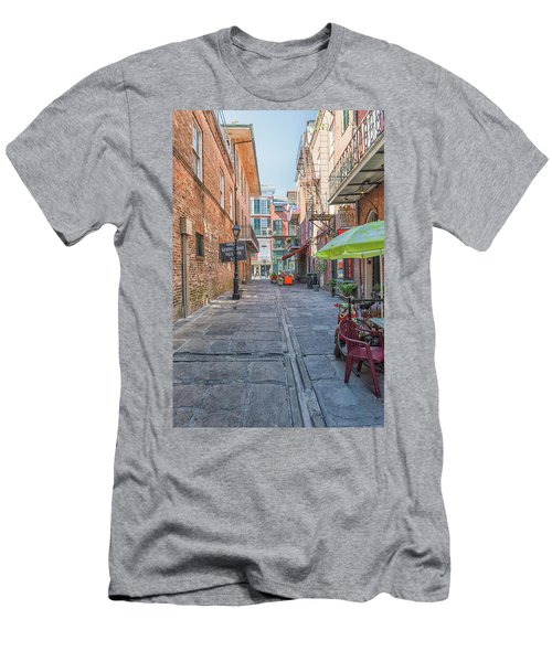 French Quarter Market Men's T-Shirt (Athletic Fit)