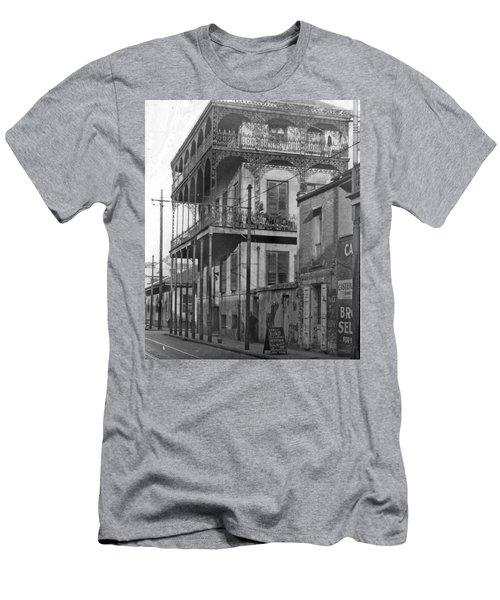 Dauphine St Residence Men's T-Shirt (Athletic Fit)