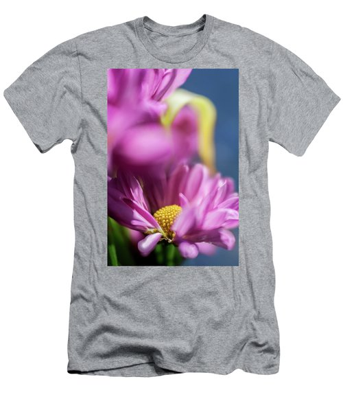 Gerber Daisy In Purple Men's T-Shirt (Athletic Fit)